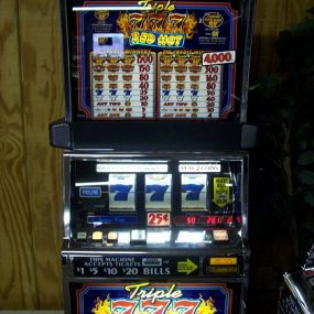 Triple Red Hot 7's 2 Coin